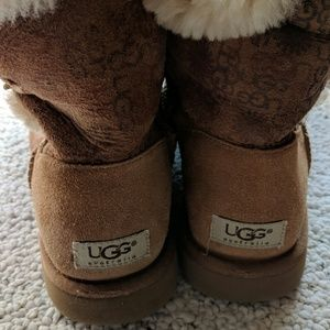UGG Shoes - RESERVED 👟Women's ugg boots👟